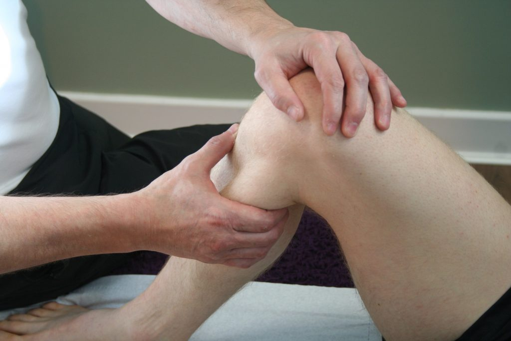 hands-on treatment for knee pain in Durham